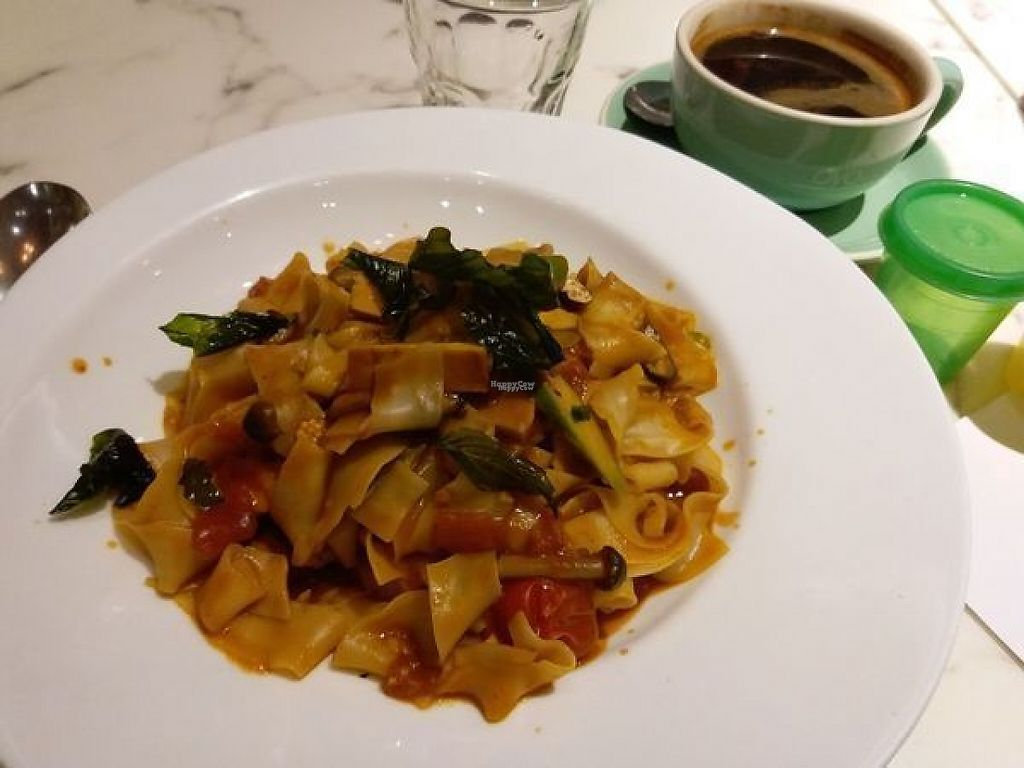 "Photo of OVOCafe - Wan Chai Rd  by <a href=""/members/profile/ouikouik"">ouikouik</a> <br/>tom yummy: sliced wheat noodles with mixed mushroom and dried tofu in coconut milk and tom yum sauce ($95) <br/> April 6, 2017  - <a href='/contact/abuse/image/47890/245219'>Report</a>"
