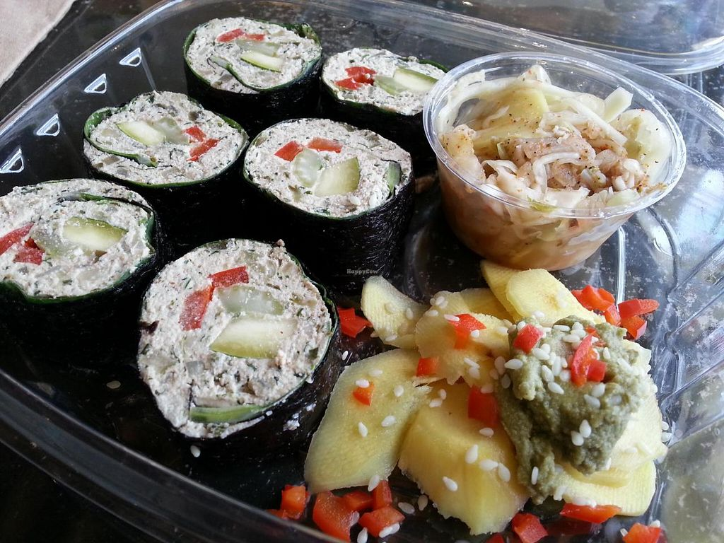 """Photo of CLOSED: LifeFood Organic  by <a href=""""/members/profile/eric"""">eric</a> <br/>sushi <br/> June 29, 2014  - <a href='/contact/abuse/image/47936/72955'>Report</a>"""