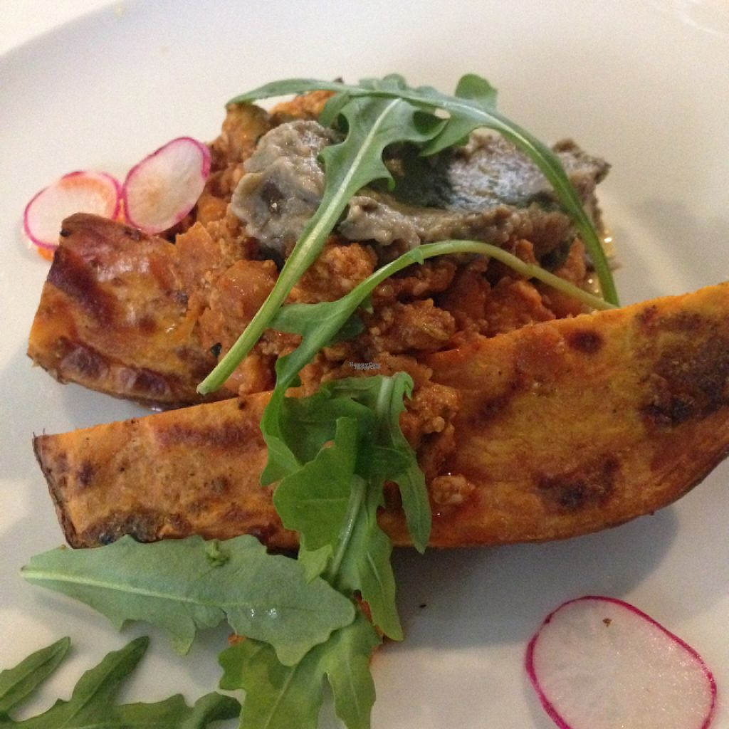 """Photo of OmNam  by <a href=""""/members/profile/inselkind"""">inselkind</a> <br/>sweetpotato with chickpeastew <br/> August 16, 2016  - <a href='/contact/abuse/image/47960/169199'>Report</a>"""