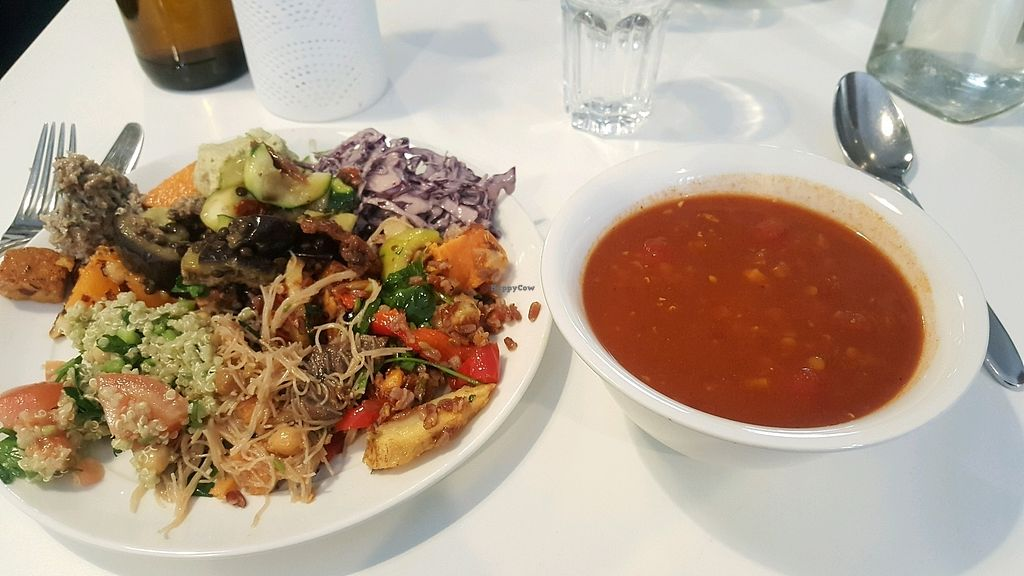 """Photo of OmNam  by <a href=""""/members/profile/NicNewbs"""">NicNewbs</a> <br/>lentil soup and salad buffet <br/> February 8, 2018  - <a href='/contact/abuse/image/47960/356354'>Report</a>"""