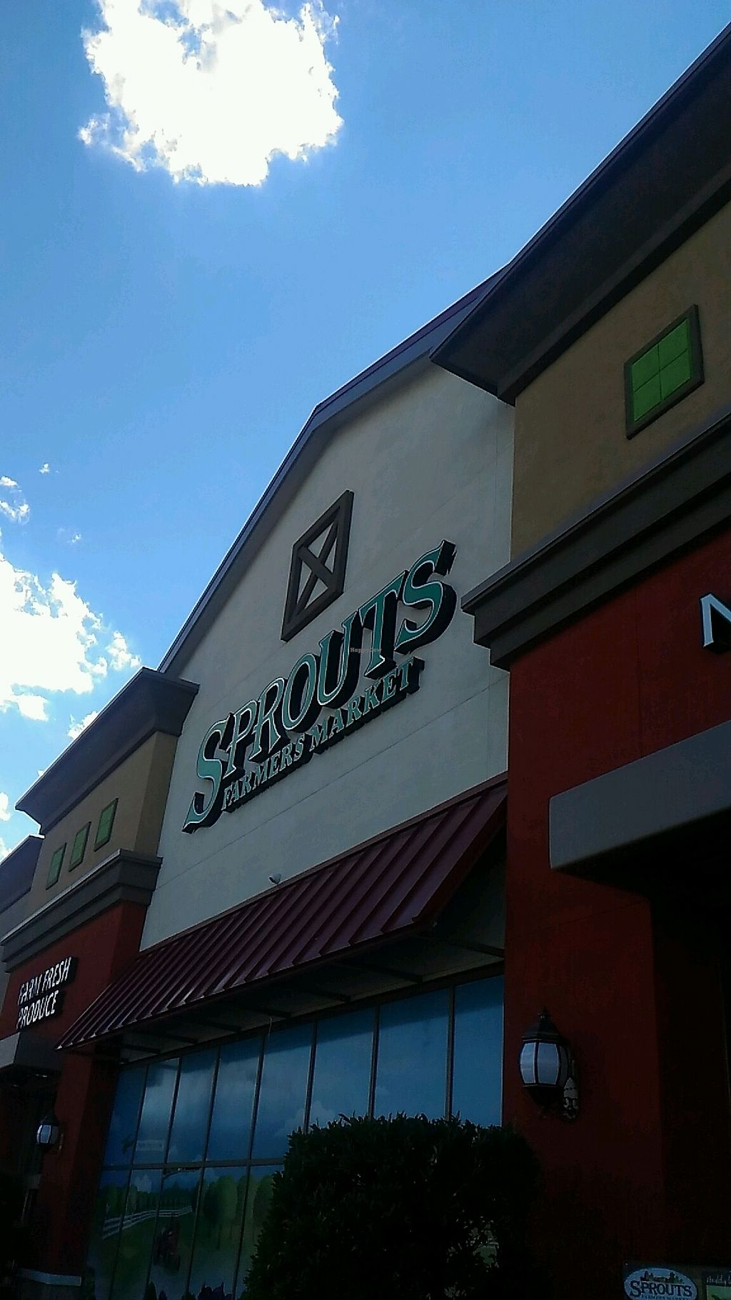 """Photo of Sprouts Farmers Market  by <a href=""""/members/profile/QuothTheRaven"""">QuothTheRaven</a> <br/>outside <br/> March 13, 2018  - <a href='/contact/abuse/image/47977/370247'>Report</a>"""