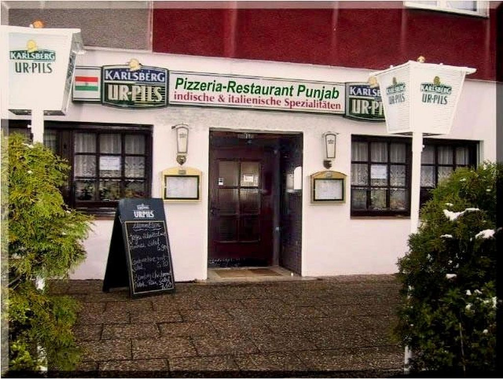 """Photo of Pizzeria-Restaurant Punjab  by <a href=""""/members/profile/community"""">community</a> <br/>Pizzeria-Restaurant Punjab <br/> June 20, 2014  - <a href='/contact/abuse/image/48171/72403'>Report</a>"""