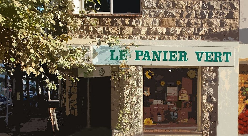 """Photo of Le Panier Vert  by <a href=""""/members/profile/Logge"""">Logge</a> <br/>Exterior view <br/> December 14, 2016  - <a href='/contact/abuse/image/48174/201076'>Report</a>"""