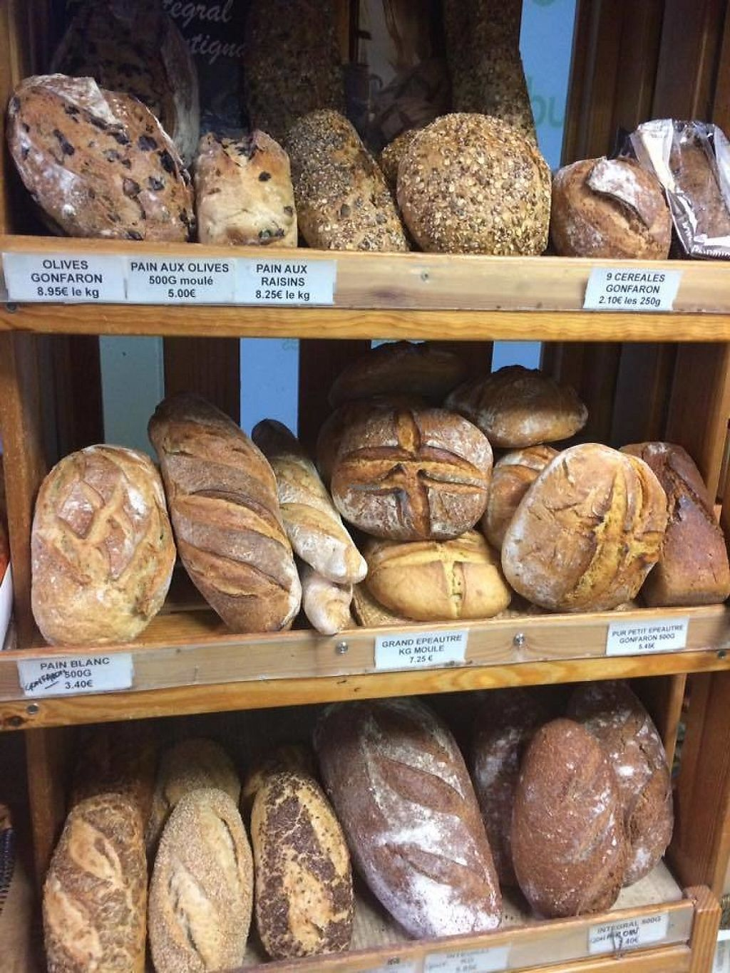 """Photo of Le Panier Vert  by <a href=""""/members/profile/Logge"""">Logge</a> <br/>Bread <br/> December 14, 2016  - <a href='/contact/abuse/image/48174/201077'>Report</a>"""