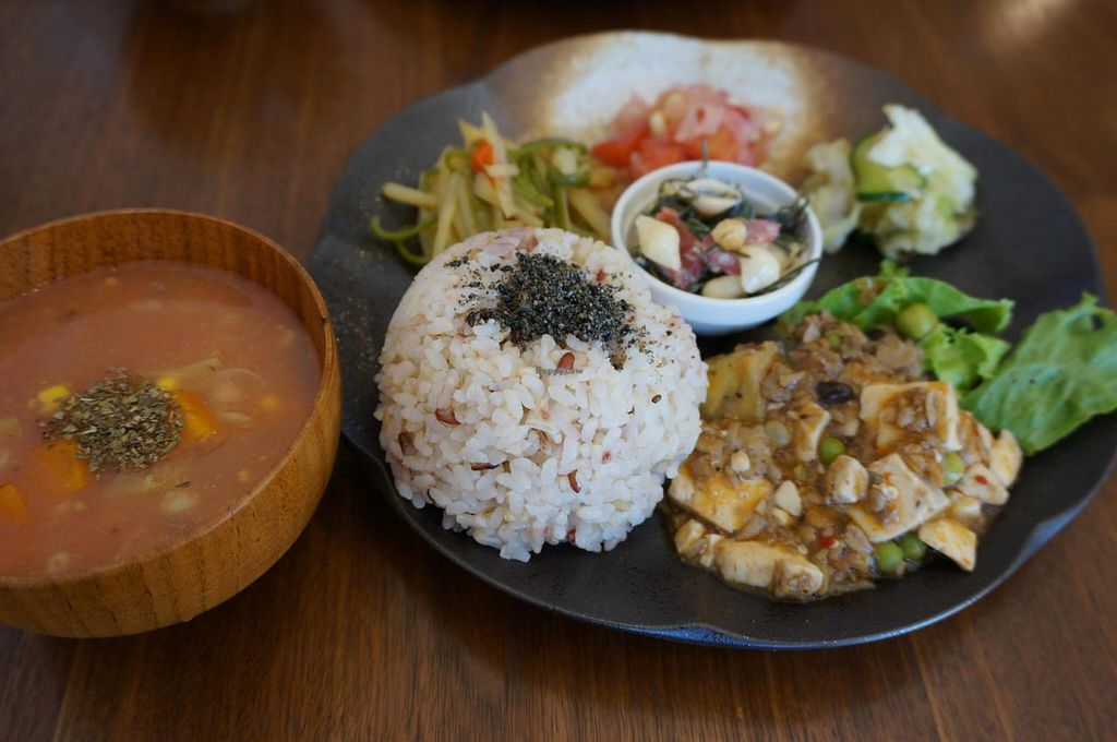 """Photo of Cafe Sante  by <a href=""""/members/profile/Ricardo"""">Ricardo</a> <br/>Today's Lunch Plate 1000 yen <br/> June 21, 2014  - <a href='/contact/abuse/image/48188/72428'>Report</a>"""