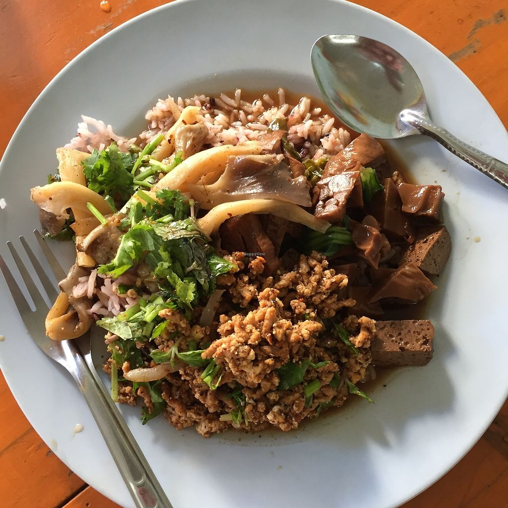 """Photo of Sangwiroon Vegetarian  by <a href=""""/members/profile/Pons"""">Pons</a> <br/>Nice stuff! <br/> January 30, 2018  - <a href='/contact/abuse/image/48403/352609'>Report</a>"""