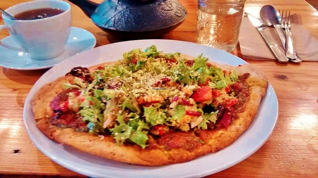 "Photo of CLOSED: Amazing Cafe  by <a href=""/members/profile/BethBCrueltyFree"">BethBCrueltyFree</a> <br/>Peace Pizza, gluten-free! <br/> October 8, 2015  - <a href='/contact/abuse/image/48456/120633'>Report</a>"