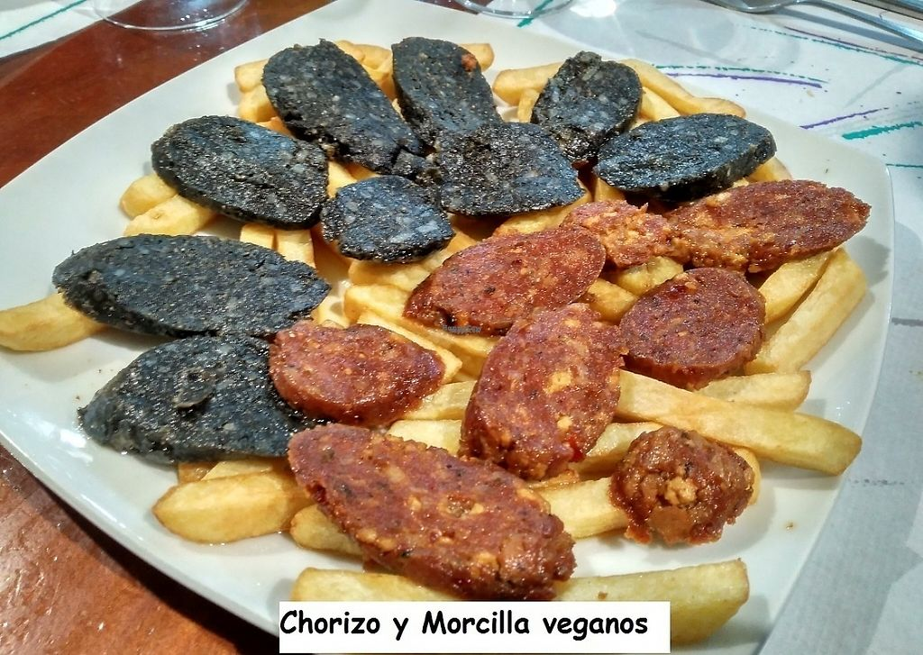 """Photo of Albaicin  by <a href=""""/members/profile/GloriaCove"""">GloriaCove</a> <br/>Chorizo y morcilla veganos y caseros. Vegan and homemade sausage and black pudding <br/> April 2, 2017  - <a href='/contact/abuse/image/48461/243988'>Report</a>"""