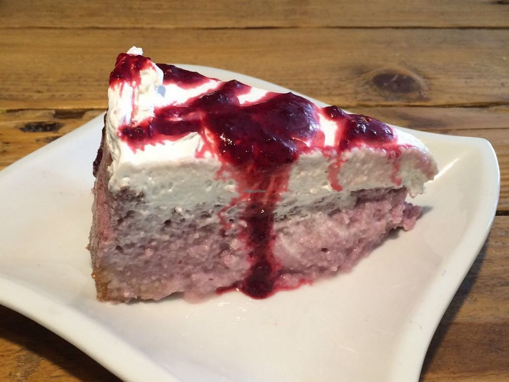 """Photo of CLOSED: Schnell Veg  by <a href=""""/members/profile/Tobias%20Boletaria"""">Tobias Boletaria</a> <br/>Vegan Cheesecake <br/> February 27, 2016  - <a href='/contact/abuse/image/48640/137974'>Report</a>"""