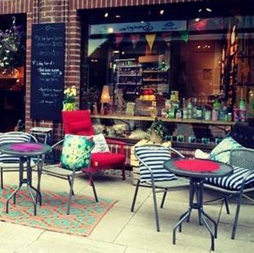 """Photo of Greenhouse Okomat Cafe  by <a href=""""/members/profile/community"""">community</a> <br/>Greenhouse Okomat Cafe  <br/> March 19, 2015  - <a href='/contact/abuse/image/48658/96151'>Report</a>"""