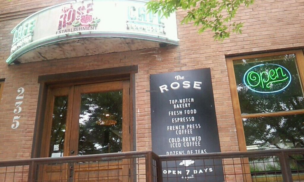Photo of The Rose Establishment  by Navegante <br/>July 2014 <br/> July 11, 2014  - <a href='/contact/abuse/image/48717/73729'>Report</a>