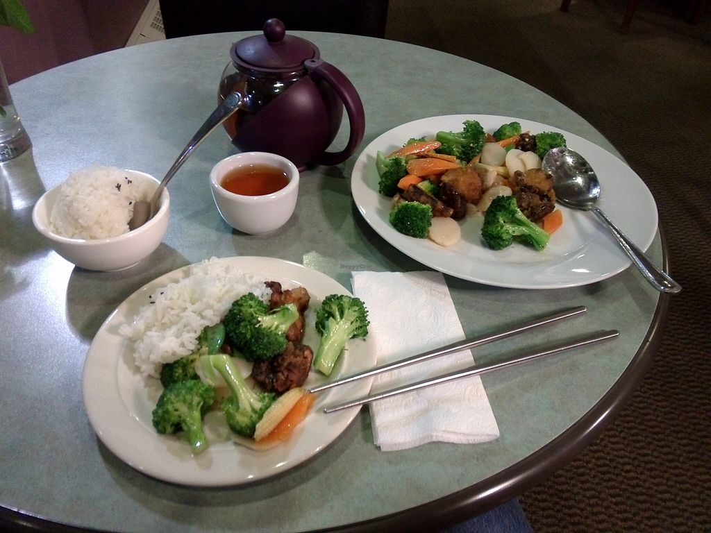 """Photo of Ambrosia Veggie House  by <a href=""""/members/profile/Ryecatcher"""">Ryecatcher</a> <br/>Mushrooms and broccoli <br/> October 3, 2015  - <a href='/contact/abuse/image/48757/119981'>Report</a>"""