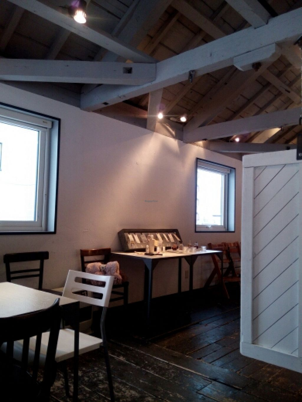 """Photo of Hibino Cafe AGT  by <a href=""""/members/profile/freesiaoriental"""">freesiaoriental</a> <br/>Old farmhouse-type interiors <br/> February 12, 2016  - <a href='/contact/abuse/image/48828/135945'>Report</a>"""