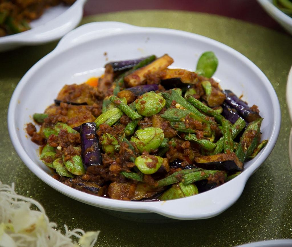 """Photo of Hong Yaun Vegetarian  by <a href=""""/members/profile/AndyT"""">AndyT</a> <br/>Hong Yaun Vegetarian - vegan food <br/> July 30, 2014  - <a href='/contact/abuse/image/48955/75522'>Report</a>"""