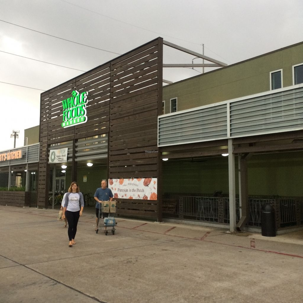 """Photo of Whole Foods Market - Broad St  by <a href=""""/members/profile/KatieBush"""">KatieBush</a> <br/>entrance <br/> October 9, 2017  - <a href='/contact/abuse/image/49084/313749'>Report</a>"""