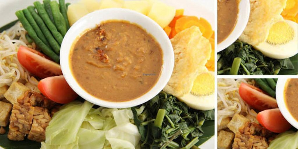 """Photo of Chiang Mai Deli  by <a href=""""/members/profile/ChiangMaiDeli"""">ChiangMaiDeli</a> <br/>Gado Gado with spicy cashew nut sauce  <br/> July 23, 2014  - <a href='/contact/abuse/image/49119/74860'>Report</a>"""