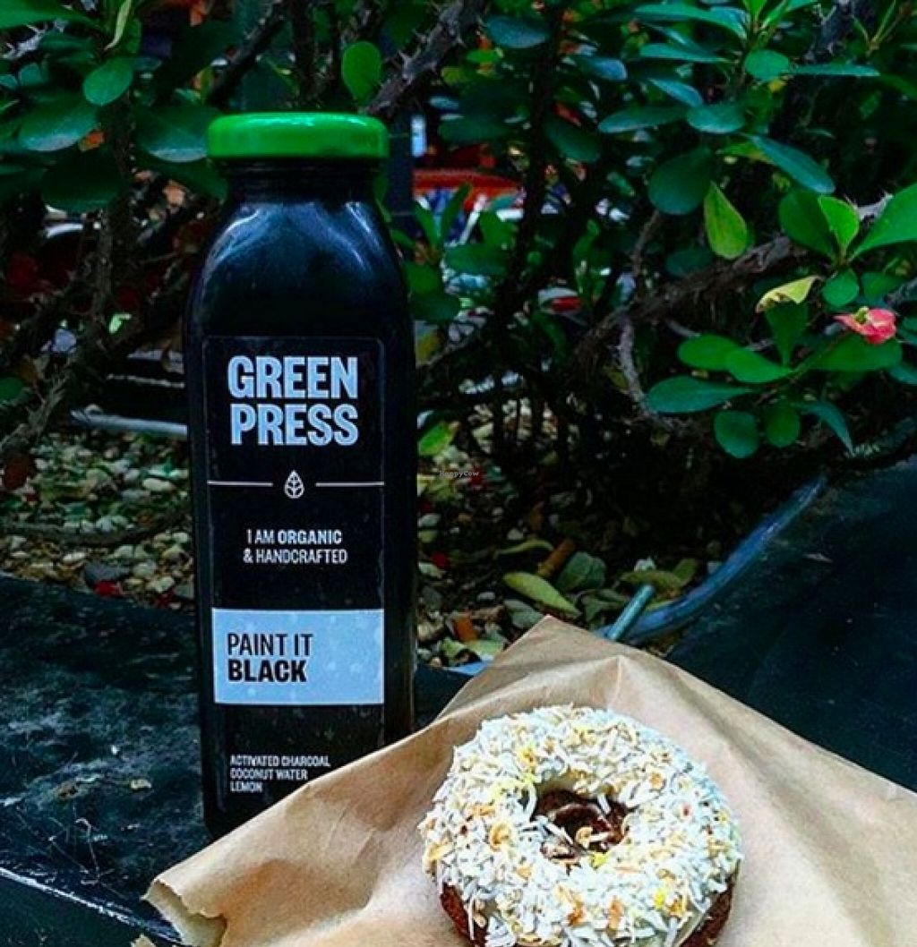 """Photo of CLOSED: Green Press  by <a href=""""/members/profile/emmanicole"""">emmanicole</a> <br/>Cold pressed juice and 'krispy clean' donut (I still can't believe their gluten free AND healthy!) Healthy, organic and delicious!  <br/> November 16, 2015  - <a href='/contact/abuse/image/49135/125202'>Report</a>"""