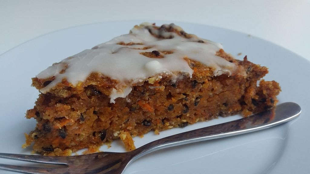 "Photo of CLOSED: Kubek I Olowek  by <a href=""/members/profile/kenvegan"">kenvegan</a> <br/>Best carrot cake I have ever had <br/> May 6, 2015  - <a href='/contact/abuse/image/49197/101381'>Report</a>"