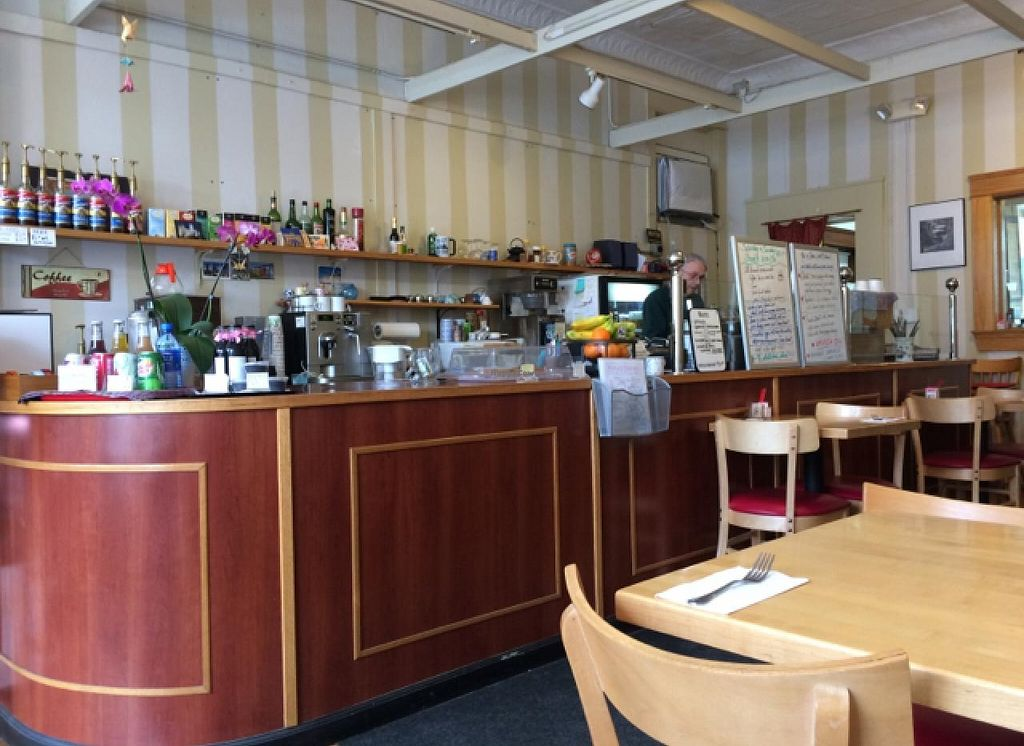 """Photo of Flying Cranes Cafe  by <a href=""""/members/profile/RoboRae"""">RoboRae</a> <br/>food station <br/> February 11, 2015  - <a href='/contact/abuse/image/49232/92826'>Report</a>"""