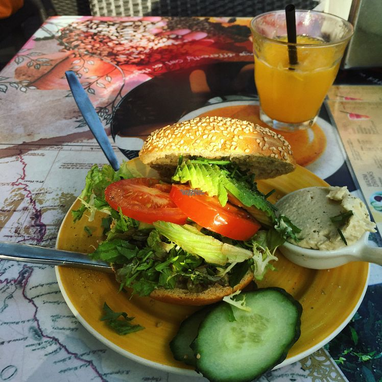 """Photo of Bagels & Beans - De Clercqstraat  by <a href=""""/members/profile/Sallyb33"""">Sallyb33</a> <br/>Vegan Warm Bagel with Hummus, Tomato, Cucumber, Avo and Lettuce! <br/> September 13, 2016  - <a href='/contact/abuse/image/49248/175343'>Report</a>"""