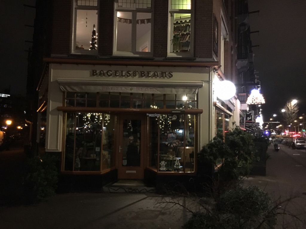"""Photo of Bagels & Beans - De Clercqstraat  by <a href=""""/members/profile/hack_man"""">hack_man</a> <br/>outside at night  <br/> January 4, 2017  - <a href='/contact/abuse/image/49248/207810'>Report</a>"""