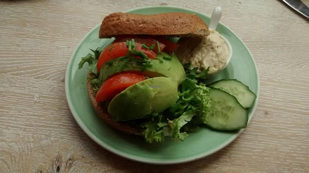 "Photo of Bagels & Beans - Waterlooplein  by <a href=""/members/profile/JonJon"">JonJon</a> <br/>Bagel with avocado, tomato, salad and extra hummus instead of cream cheese <br/> June 3, 2015  - <a href='/contact/abuse/image/49261/104597'>Report</a>"