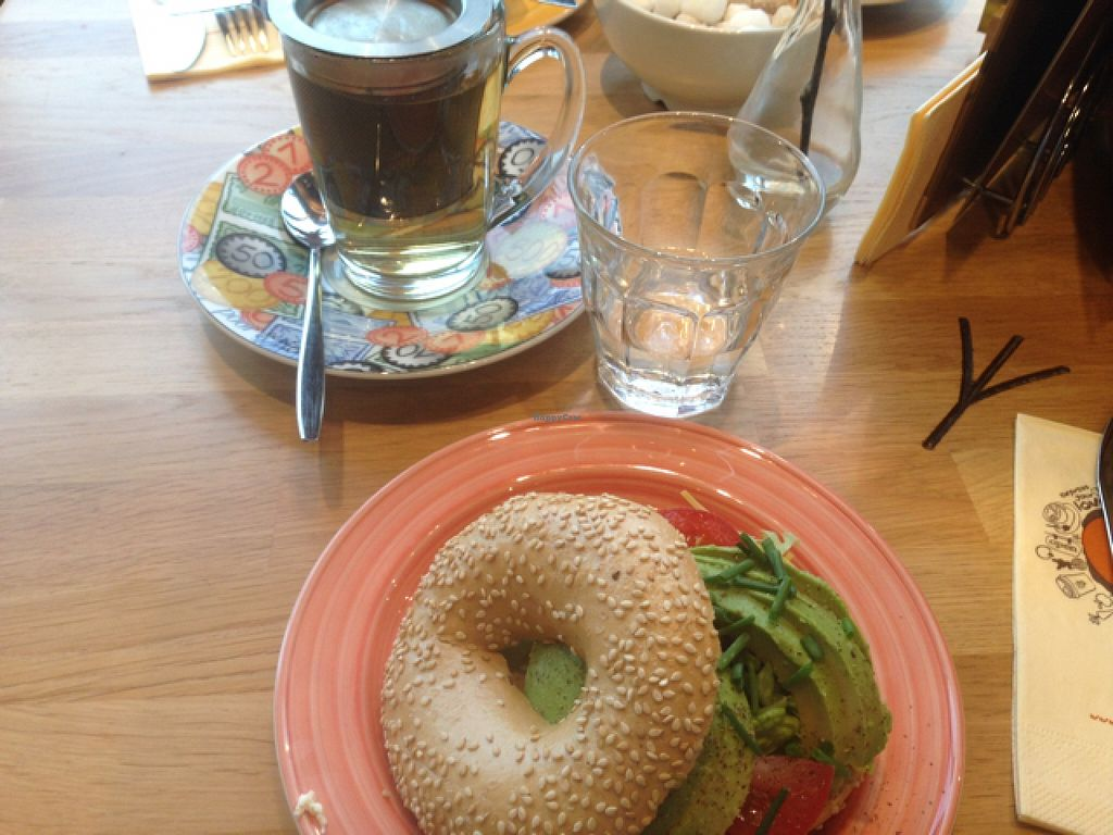 "Photo of Bagels & Beans - Waterlooplein  by <a href=""/members/profile/EveHolly"">EveHolly</a> <br/>tasty simple food! quite a few different options when it comes to drinks. Nice breakfast! Locations dotted all around Amsterdam  <br/> April 28, 2016  - <a href='/contact/abuse/image/49261/146514'>Report</a>"