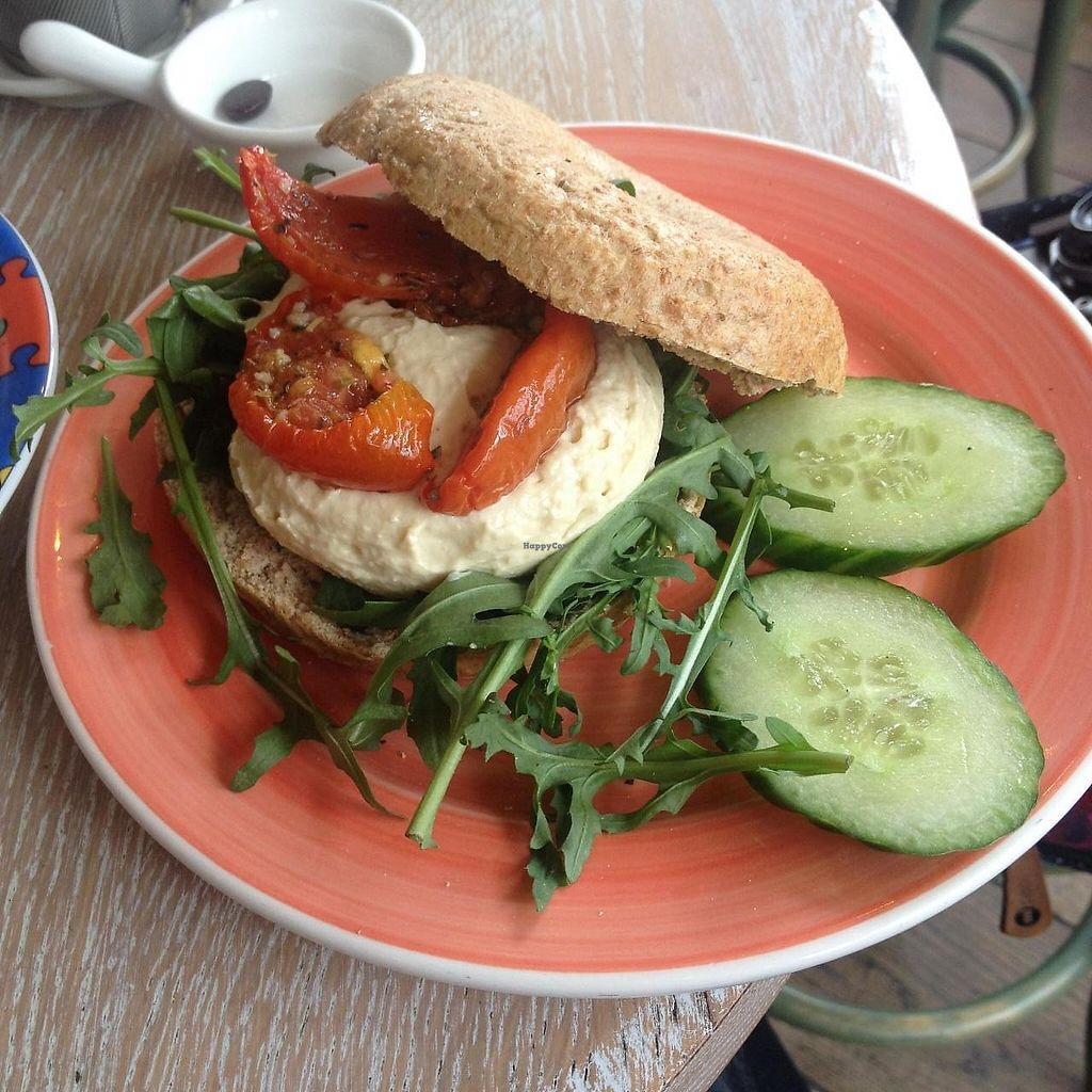 "Photo of Bagels & Beans - Waterlooplein  by <a href=""/members/profile/Creative.Bunny"">Creative.Bunny</a> <br/>Wholewheat Spelt bagel + hummus + sun-dried tomatoes + rucola + cucumber <br/> April 8, 2015  - <a href='/contact/abuse/image/49261/378863'>Report</a>"