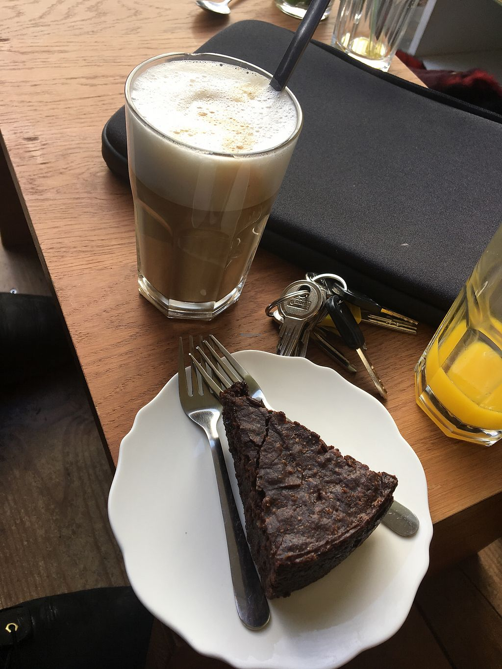 """Photo of Vegabond Store & Cafe  by <a href=""""/members/profile/KelseyHudspeth"""">KelseyHudspeth</a> <br/>Gluten free chocolate cake  <br/> February 16, 2018  - <a href='/contact/abuse/image/49271/360043'>Report</a>"""