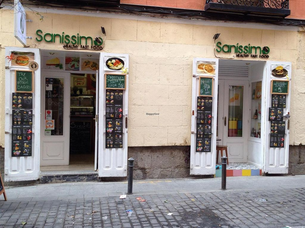 """Photo of Sanissimo - Malasaña  by <a href=""""/members/profile/Clare"""">Clare</a> <br/>Front <br/> November 24, 2014  - <a href='/contact/abuse/image/49293/86368'>Report</a>"""