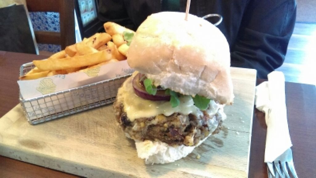 """Photo of The Fig Tree  by <a href=""""/members/profile/InHerImagePhoto"""">InHerImagePhoto</a> <br/>Veggie burger! <br/> June 27, 2016  - <a href='/contact/abuse/image/49305/156389'>Report</a>"""
