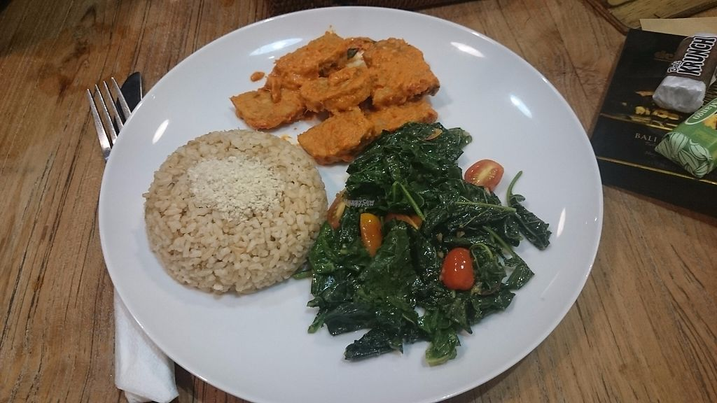 "Photo of Zula - Sanur  by <a href=""/members/profile/Cynthia1998"">Cynthia1998</a> <br/>Tempeh in coconut milk with brown rice and sauteed greens <br/> December 8, 2016  - <a href='/contact/abuse/image/49409/198154'>Report</a>"
