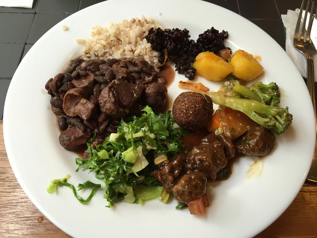 """Photo of Recanto Vegetariano  by <a href=""""/members/profile/Paolla"""">Paolla</a> <br/>Some of the options of the buffet <br/> September 27, 2015  - <a href='/contact/abuse/image/4978/119388'>Report</a>"""