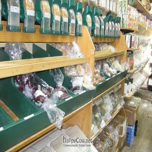 """Photo of Glut Food Co-op Market  by <a href=""""/members/profile/nova463"""">nova463</a> <br/>Glut Dry Goods <br/> February 20, 2010  - <a href='/contact/abuse/image/4996/3680'>Report</a>"""