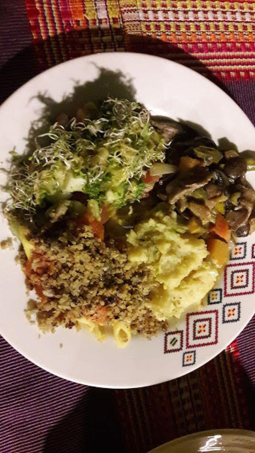 """Photo of Espiritu Libre  by <a href=""""/members/profile/AuraMar%C3%ADaRu%C3%ADzTob%C3%B3n"""">AuraMaríaRuízTobón</a> <br/>El plato fuerte compuesto por pure de papa, ensalada fresca con germinados, champiñones y una pasta con salsa casera napolitana y quinoa  <br/> April 7, 2017  - <a href='/contact/abuse/image/50009/245378'>Report</a>"""