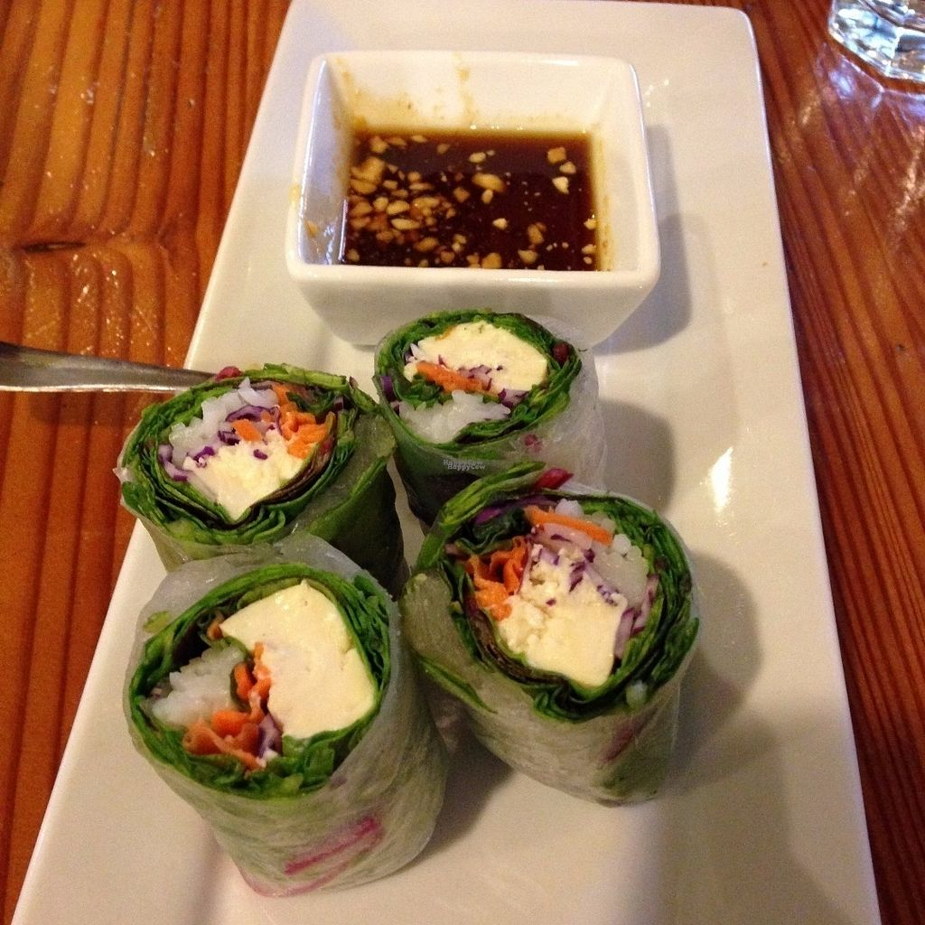 "Photo of Vida's Thai Food  by <a href=""/members/profile/Sarah%20P"">Sarah P</a> <br/>Tofu spring rolls <br/> September 25, 2016  - <a href='/contact/abuse/image/50021/177917'>Report</a>"