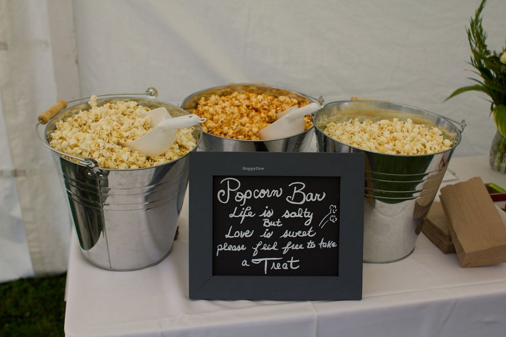 """Photo of Vert La Bouche  by <a href=""""/members/profile/badvegancook"""">badvegancook</a> <br/>Assorted popcorn <br/> September 27, 2015  - <a href='/contact/abuse/image/50052/119337'>Report</a>"""