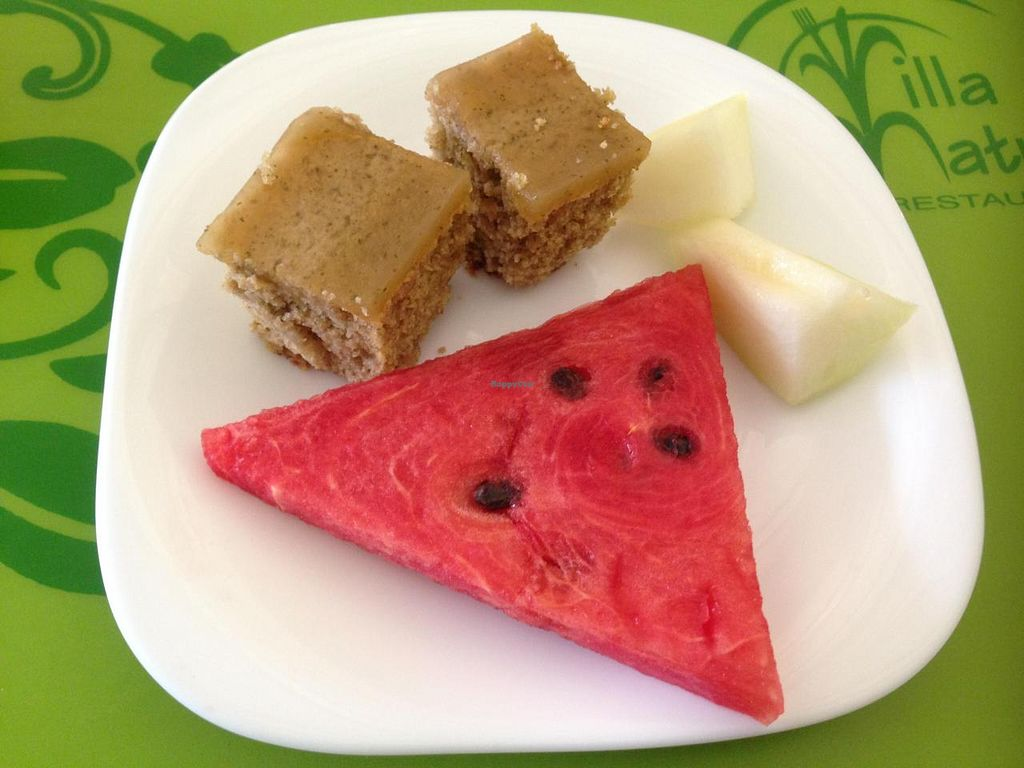 """Photo of Villa Natural  by <a href=""""/members/profile/Paolla"""">Paolla</a> <br/>Few vegan options on Saturday: melon, watermelon, apple cake with mint <br/> November 22, 2014  - <a href='/contact/abuse/image/50111/86226'>Report</a>"""
