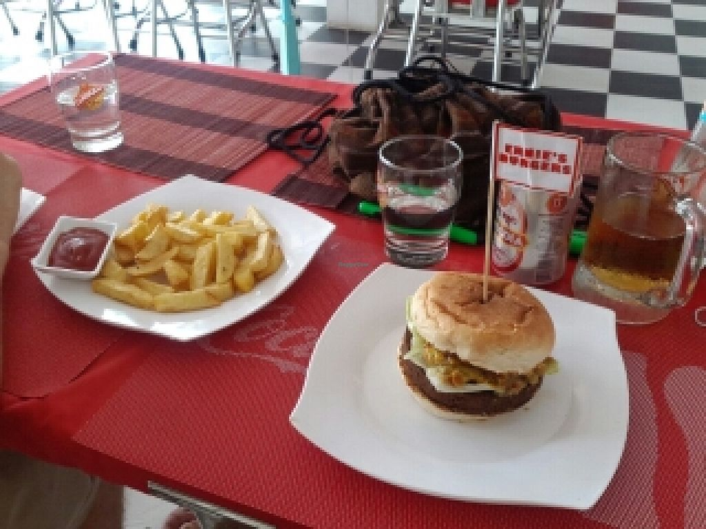 "Photo of CLOSED: Ernie's Burgers  by <a href=""/members/profile/Fairbridge"">Fairbridge</a> <br/>Vegan falafel burger and large fries <br/> June 30, 2016  - <a href='/contact/abuse/image/50135/156911'>Report</a>"