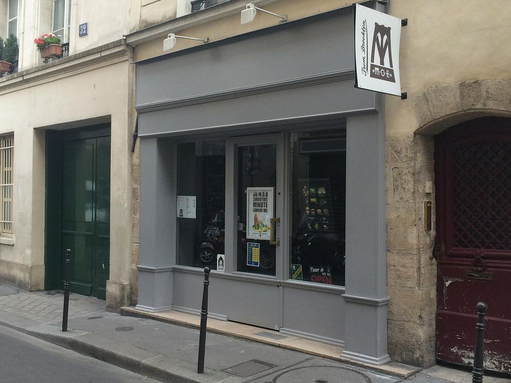 """Photo of CLOSED: M.O.B. - Marais  by <a href=""""/members/profile/Kardinal"""">Kardinal</a> <br/>Outside <br/> August 10, 2014  - <a href='/contact/abuse/image/50197/76427'>Report</a>"""