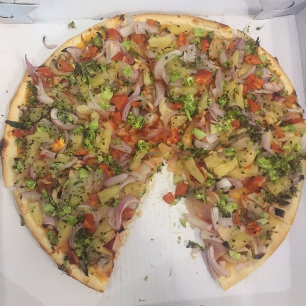 """Photo of Pizza Empress by Mr Slice  by <a href=""""/members/profile/Dana%20B."""">Dana B.</a> <br/>Vegan Pizza! <br/> May 15, 2016  - <a href='/contact/abuse/image/50206/149107'>Report</a>"""