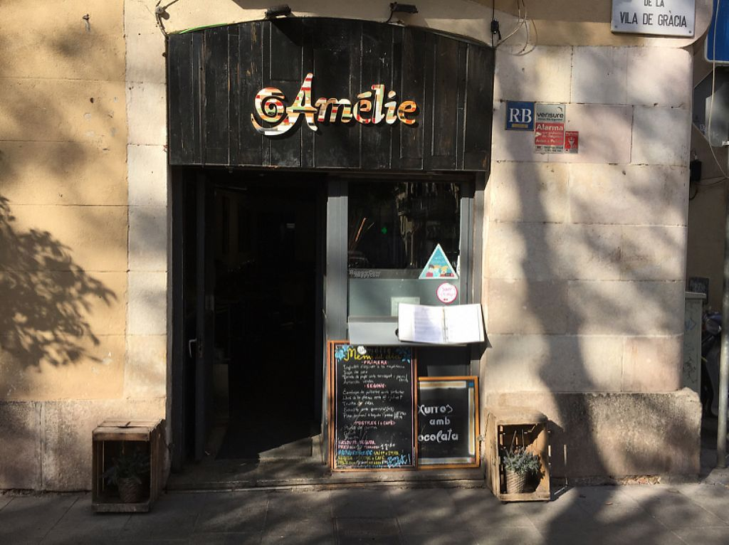 "Photo of Amelie Restaurant  by <a href=""/members/profile/hack_man"">hack_man</a> <br/>outside  <br/> November 18, 2016  - <a href='/contact/abuse/image/50218/191699'>Report</a>"