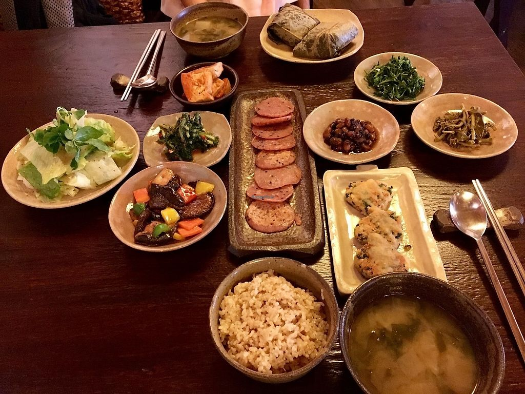 "Photo of Maji - 마지  by <a href=""/members/profile/paulkates"">paulkates</a> <br/>Lunch set x 2 <br/> May 20, 2017  - <a href='/contact/abuse/image/50224/260511'>Report</a>"