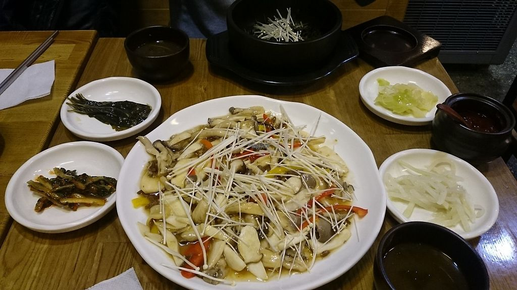 """Photo of CLOSED: Babione - 바비오네  by <a href=""""/members/profile/PeterSong"""">PeterSong</a> <br/>A big plate of glass noodles stir-fried with mushroom! <br/> November 18, 2016  - <a href='/contact/abuse/image/50225/191599'>Report</a>"""