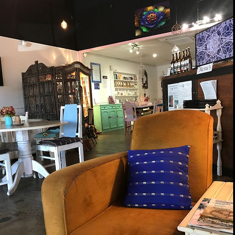 "Photo of Lafew Teahouse and Kombucha Bar   by <a href=""/members/profile/thetravelingvegan"">thetravelingvegan</a> <br/>cool casual vibe <br/> June 27, 2017  - <a href='/contact/abuse/image/50302/273892'>Report</a>"