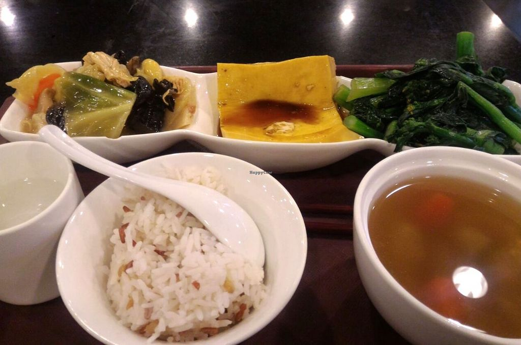"""Photo of Liza Veggies - Wan Chai  by <a href=""""/members/profile/ouikouik"""">ouikouik</a> <br/>weekday set lunch <br/> October 4, 2015  - <a href='/contact/abuse/image/50392/120219'>Report</a>"""
