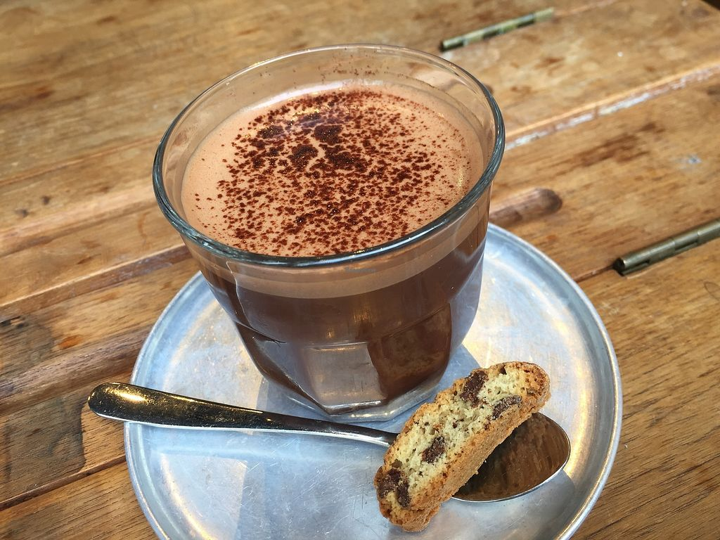 "Photo of MUM Veggie Cafe  by <a href=""/members/profile/SamanthaIngridHo"">SamanthaIngridHo</a> <br/>Dark Chocolate <br/> September 17, 2017  - <a href='/contact/abuse/image/50422/305246'>Report</a>"