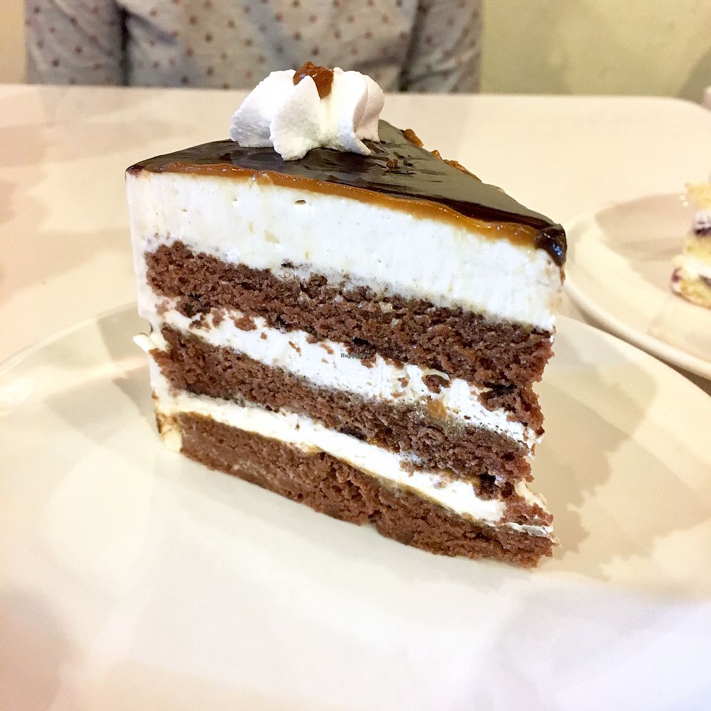 """Photo of CLOSED: HotCakes  by <a href=""""/members/profile/Simrk"""">Simrk</a> <br/>Chocolate cookie butter cake <br/> March 18, 2018  - <a href='/contact/abuse/image/50530/372465'>Report</a>"""
