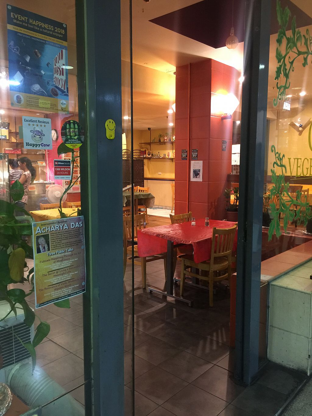 """Photo of Om Vegetarian - Capitol Arcade  by <a href=""""/members/profile/Tiggy"""">Tiggy</a> <br/>Entrance (with Happy Cow sticker on window) <br/> March 3, 2018  - <a href='/contact/abuse/image/50591/366078'>Report</a>"""