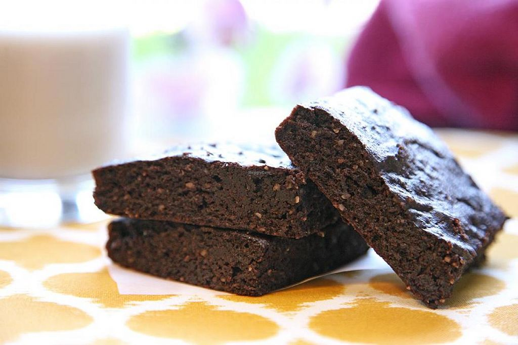 "Photo of Sweet Sundays Baking Co  by <a href=""/members/profile/Marra4SweetEarth"">Marra4SweetEarth</a> <br/>Organic, vegan and gluten free brownies made without added sugar <br/> August 25, 2014  - <a href='/contact/abuse/image/50608/78222'>Report</a>"
